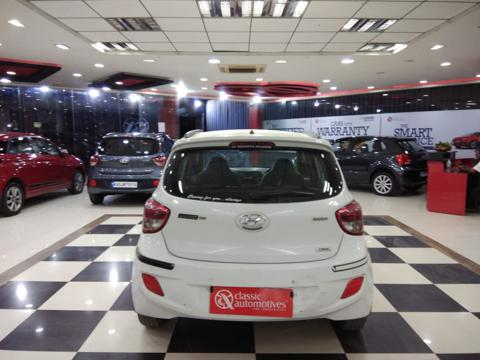 Hyundai Grand i10 Asta 1.1 CRDi (2015) in Tumkur