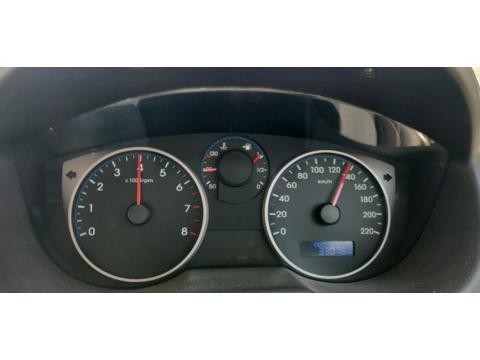 Hyundai i20 Magna(O) Petrol (2013) in Solapur