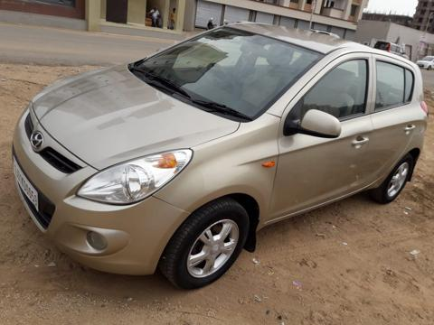 Hyundai i20 Asta 1.4 CRDI with AVN (2010) in Rajkot