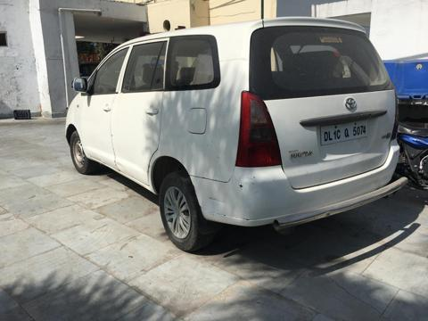 Toyota Innova 2.5 VX (Diesel) 8 STR Euro3 (2005) in Pathankot