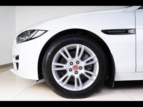 Jaguar XE Portfolio Diesel (2018) in Sangli