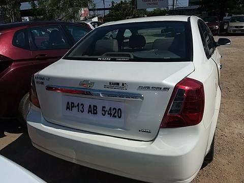 Chevrolet Optra Magnum LT 2.0 TCDi (2012) in Hyderabad