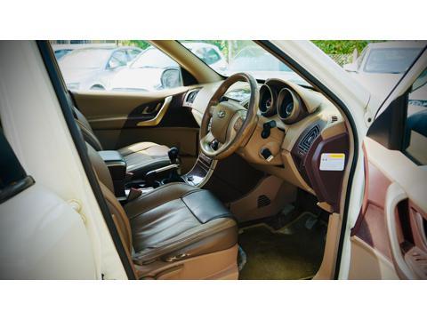 Mahindra XUV500 W8 AWD (2014) in Dhule
