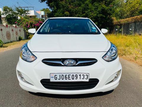 Hyundai Verna Fluidic 1.6 CRDI SX (2012) in Vadodara