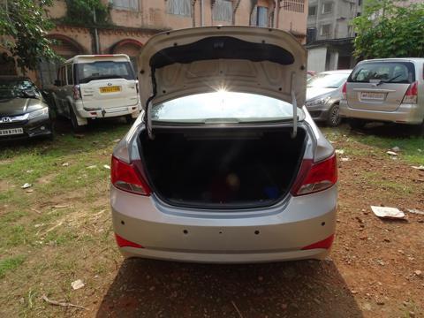 Hyundai Verna Fluidic 1.4 VTVT (2017) in Kharagpur
