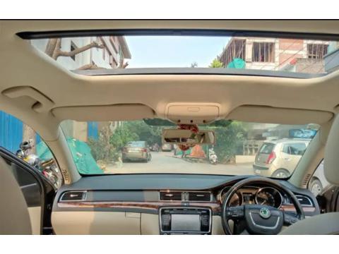 Skoda Superb 1.8 TSI MT Elegance (2011) in New Delhi
