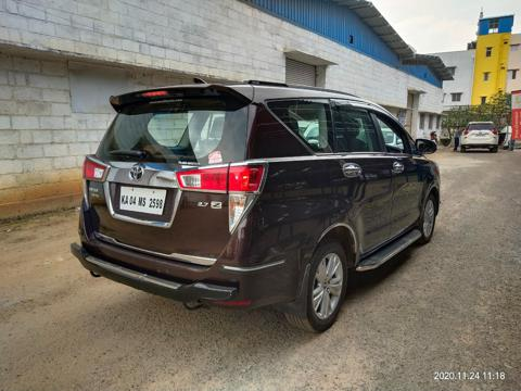 Toyota Innova Crysta 2.7 ZX AT 7 Str (2016) in Bangalore