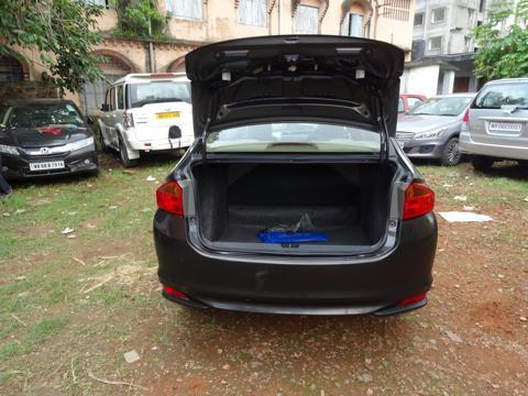 Honda City V 1.5L i-VTEC (2015) in Kharagpur