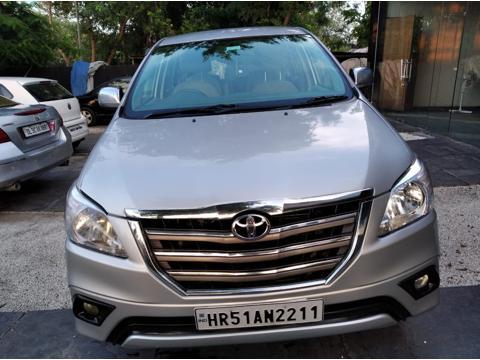 Toyota Innova 2.5 V 7 STR (2011) in Faridabad