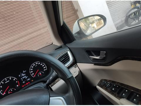 Hyundai Verna 1.4 VTVT EX (2018) in Nagpur