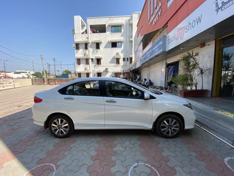 Honda City V CVT Petrol (2019) in Vadodara