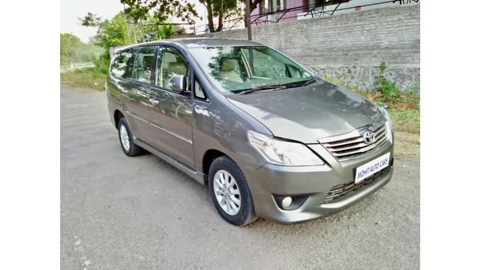 Used 2013 Toyota Innova Car In Jalna