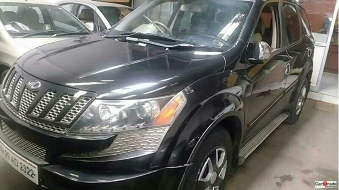 Used 2013 Mahindra XUV500 Car In Akola