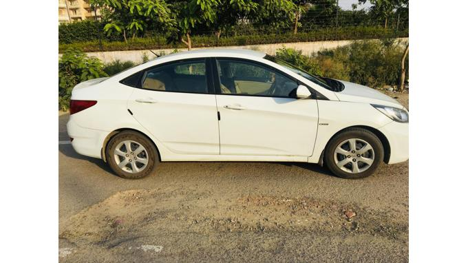 Used 2013 Hyundai Verna Car In Noida