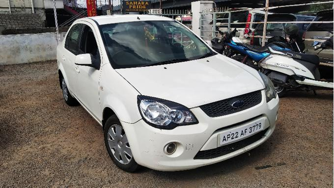 Used 2011 Ford Classic Car In Hyderabad