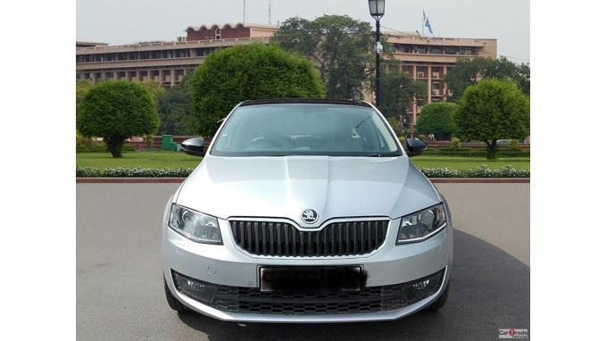 Used 2015 Skoda Octavia Car In New Delhi