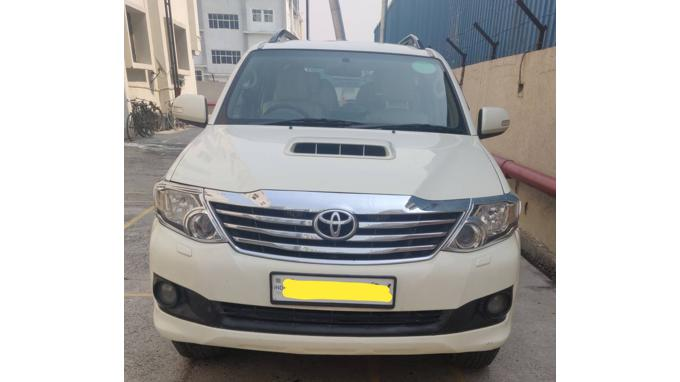 Used 2013 Toyota Fortuner Car In Gurgaon