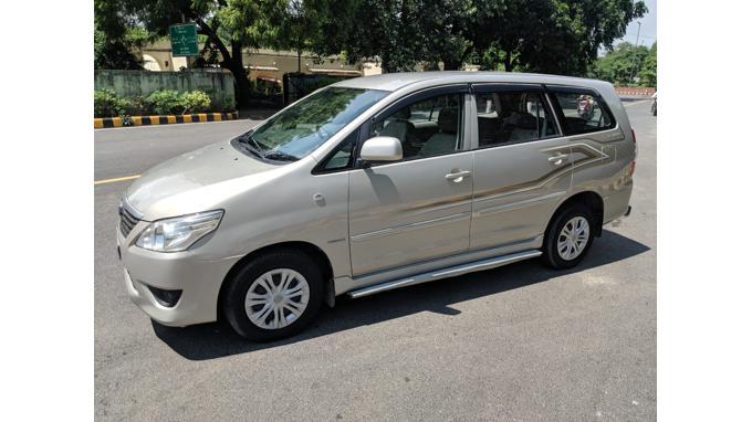 Used 2013 Toyota Innova Car In New Delhi
