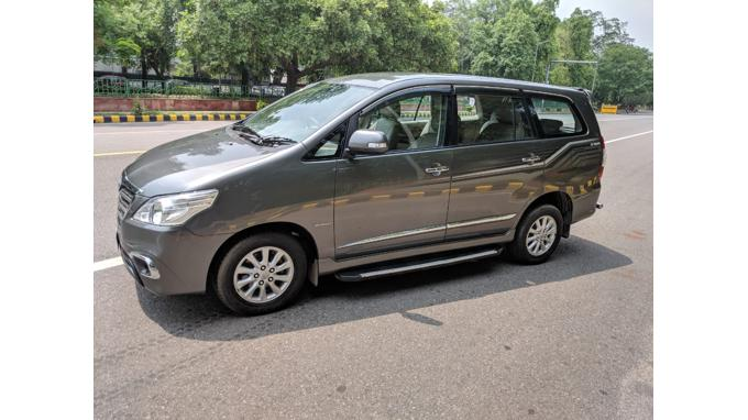 Used 2014 Toyota Innova Car In New Delhi