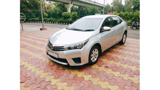 Used 2015 Toyota Corolla Altis Car In New Delhi