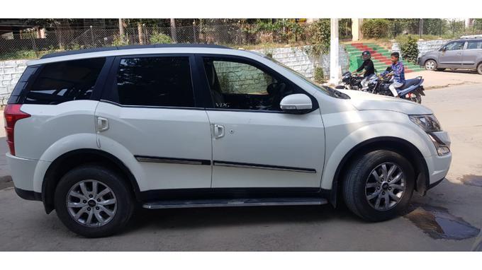 Used 2017 Mahindra XUV500 Car In Hyderabad