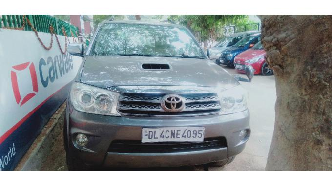 Used 2009 Toyota Fortuner Car In Gurgaon